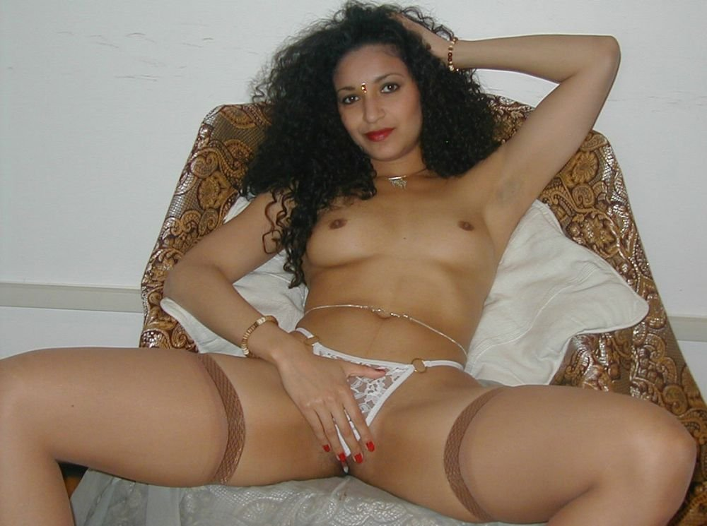wife horny pics there