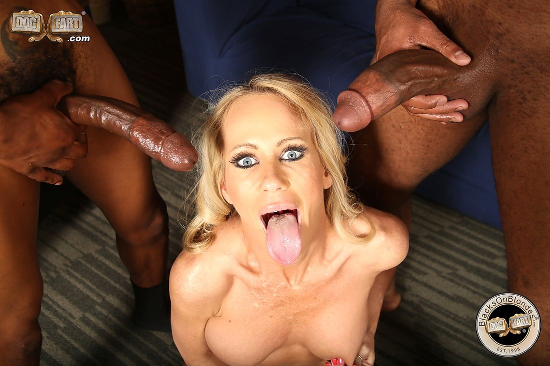 Live porn threesome Dokter pussy wife