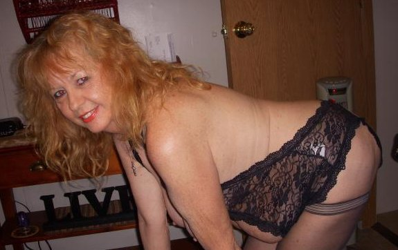 Mature naked cams #1