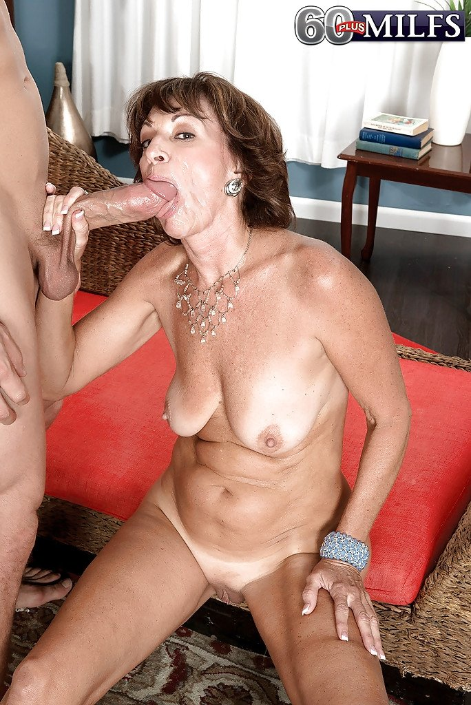 best of mature lesbian squirting videos