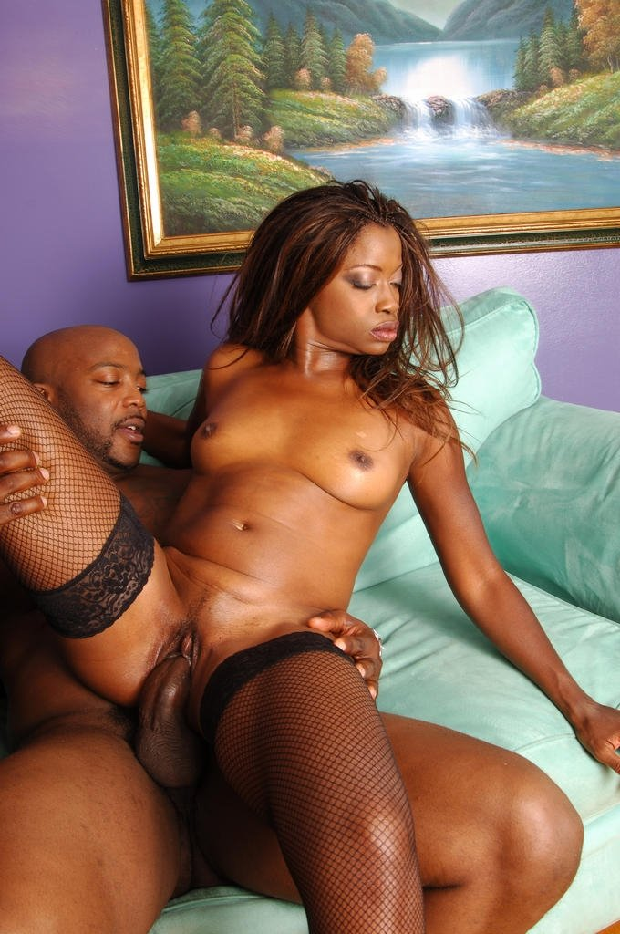 Sexy Black Pornstar Monique Spreading Her Legs And Riding -1166