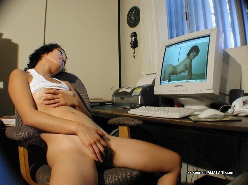 Dad sex watchig on computer