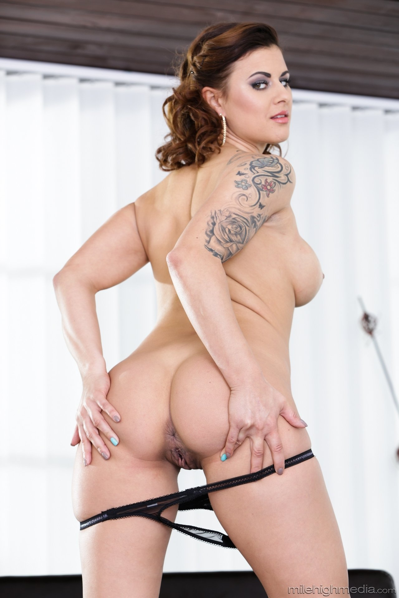 Chanelmiller some private and free chat bigass shegotass info