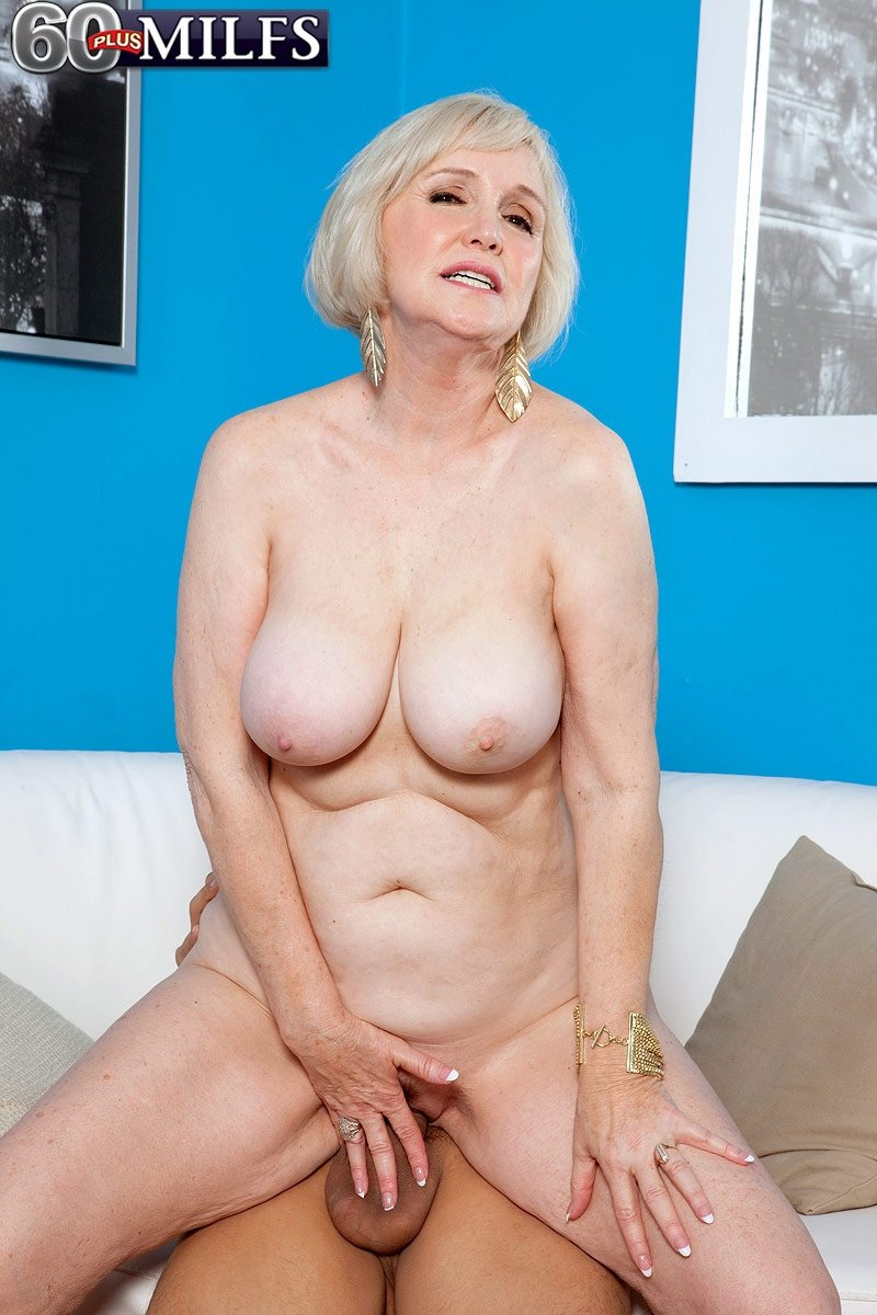 Free adult chat and webcam service
