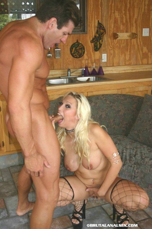 Free shaved cock thumbnails pics Juicy bitch jumps on hard pecker