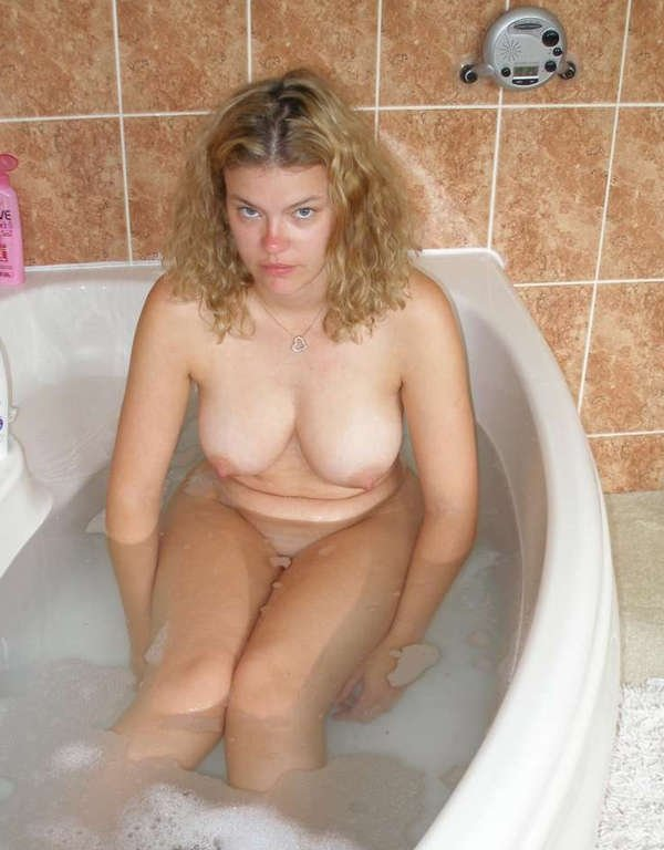 russian hot milf there