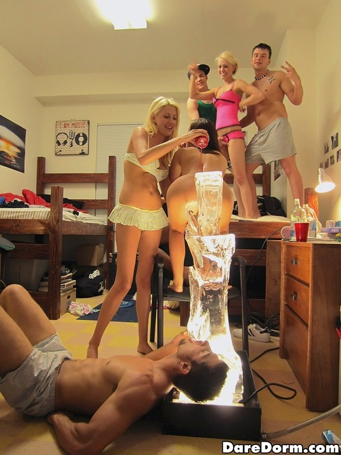 6cam biz webcam live on pussy flashing girl atevsone slut