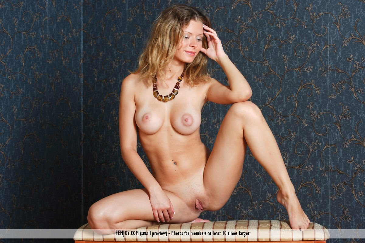 Yoramar    reccomended girls with small tits nude