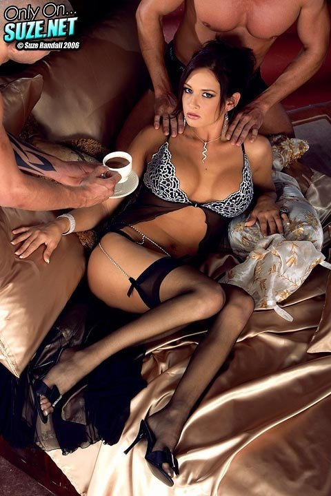 Amateur striptease aus mike adriano brazzers