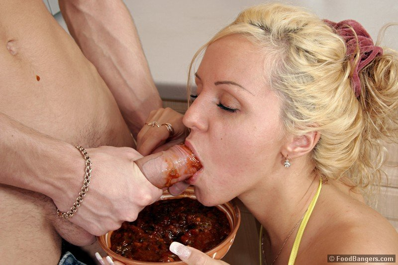 Eating food out of pussy pics