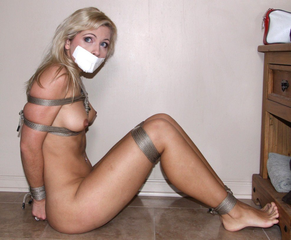 girls-tied-up-topless