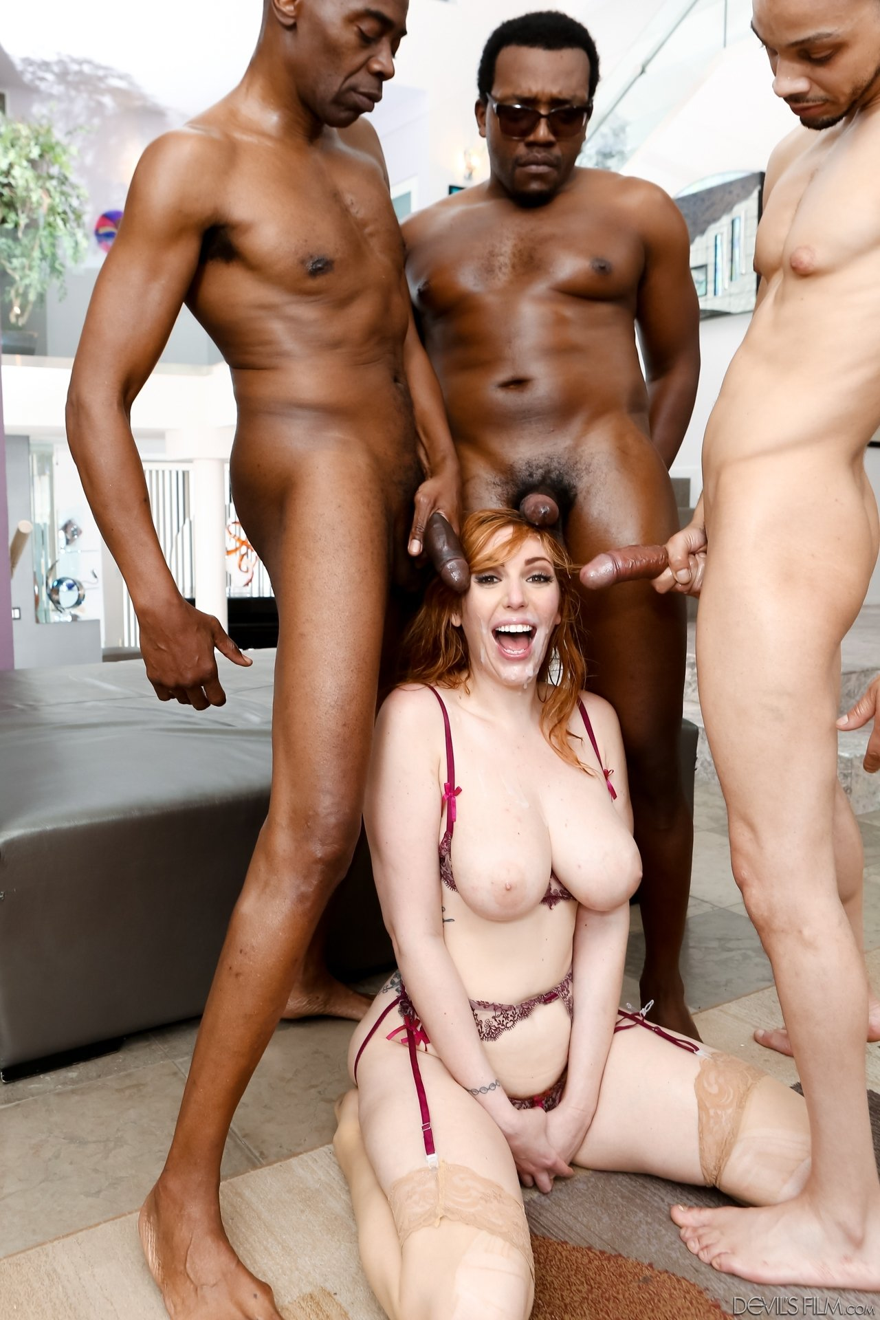 Club standing wife