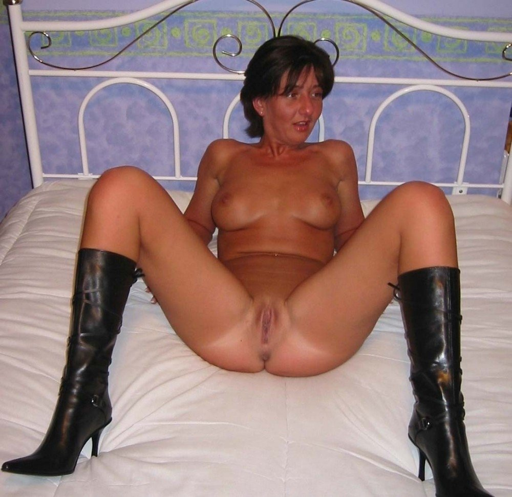 My naked fucking wife