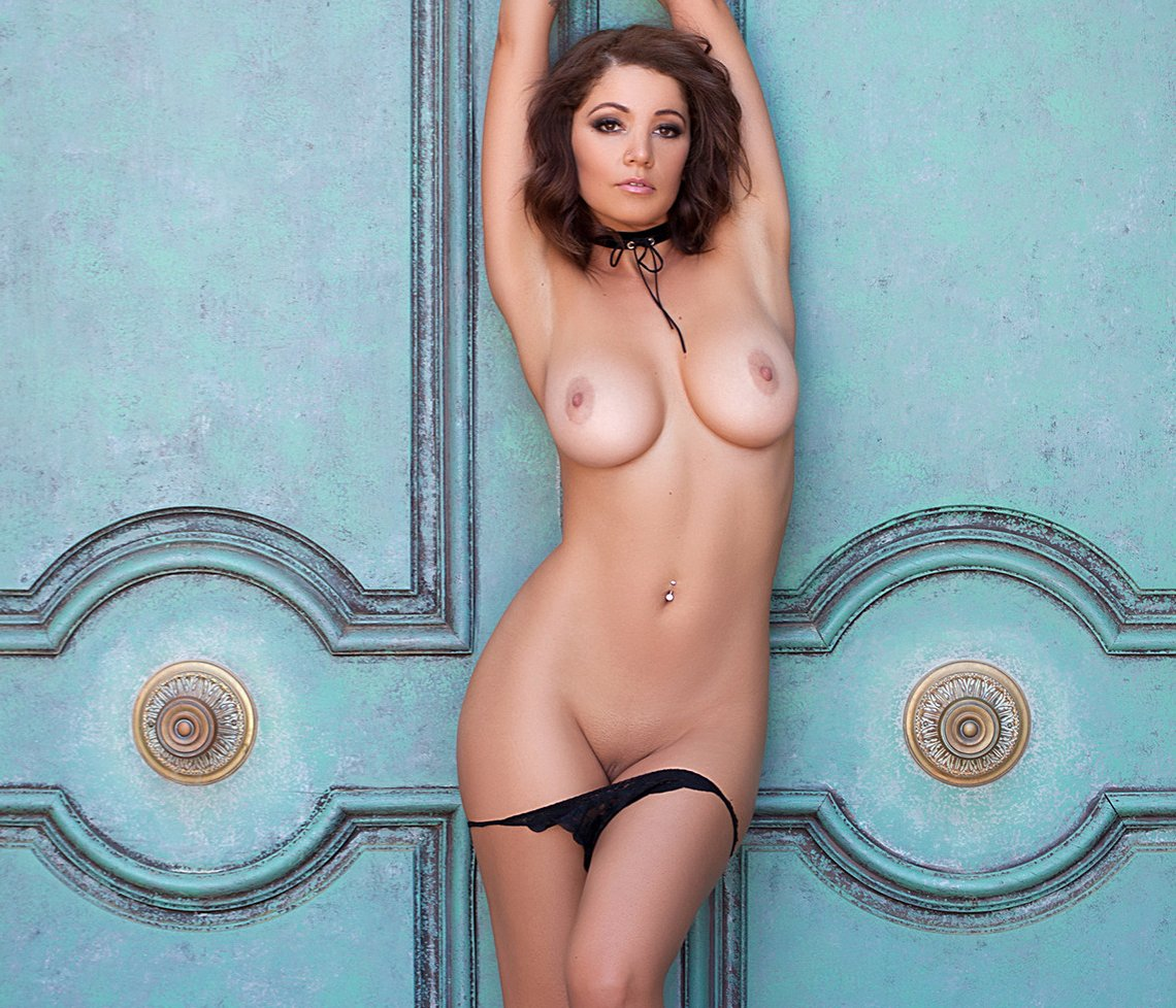 sexy nude small boobs add photo