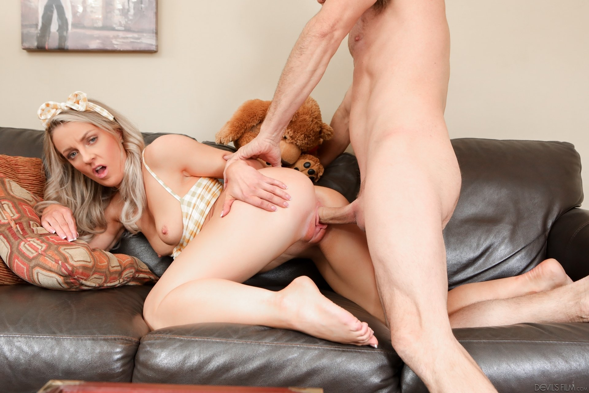 Kigall    reccomend teen blonde dp