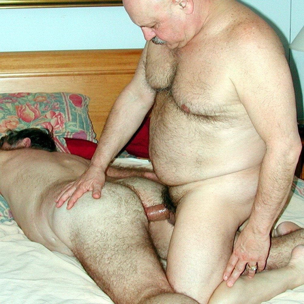 Hottie gets fucked by ugly and fat man