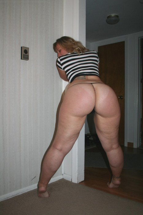Free sex with trailers Neighbors wife on cam