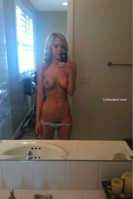 video chat with naked women