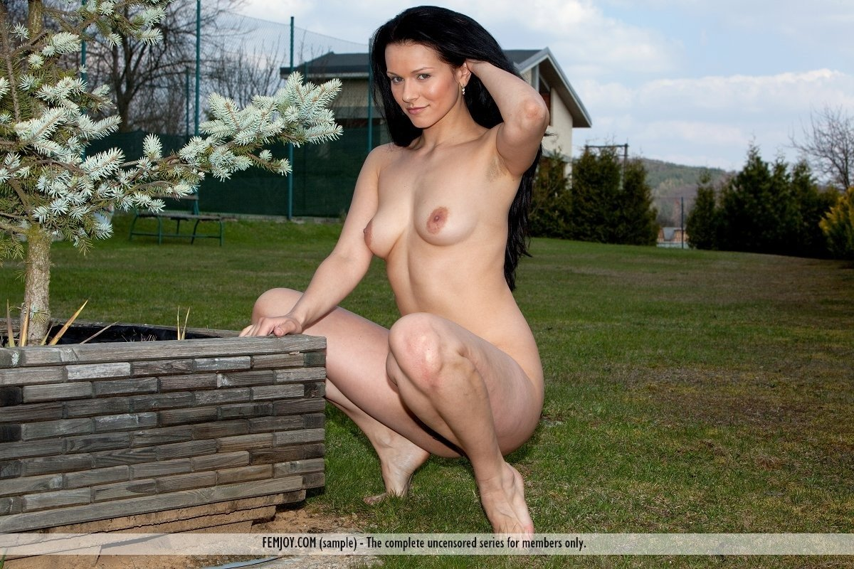 chubby pantyhose galleries