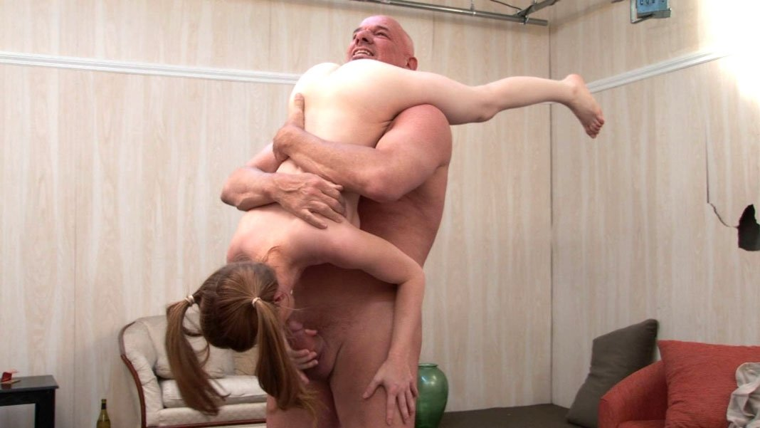 Amatuer first time threesome #1
