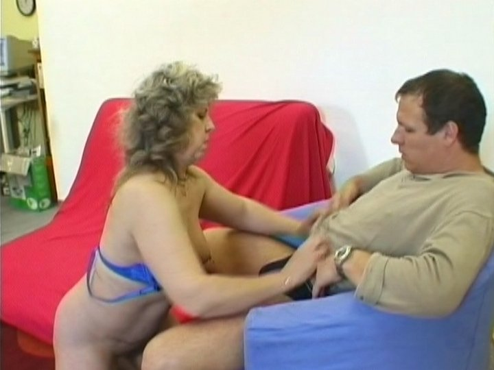 Arab amateur couple make home made porn2