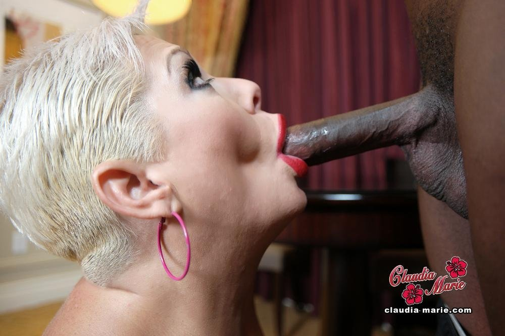 amateur mature wife naked