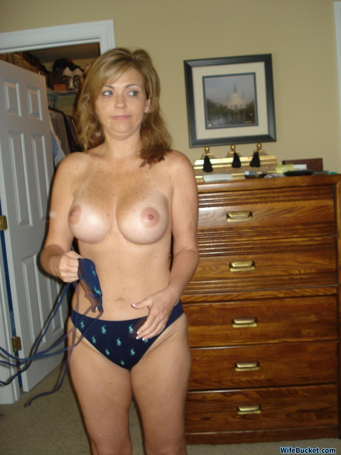 New england amateur wives