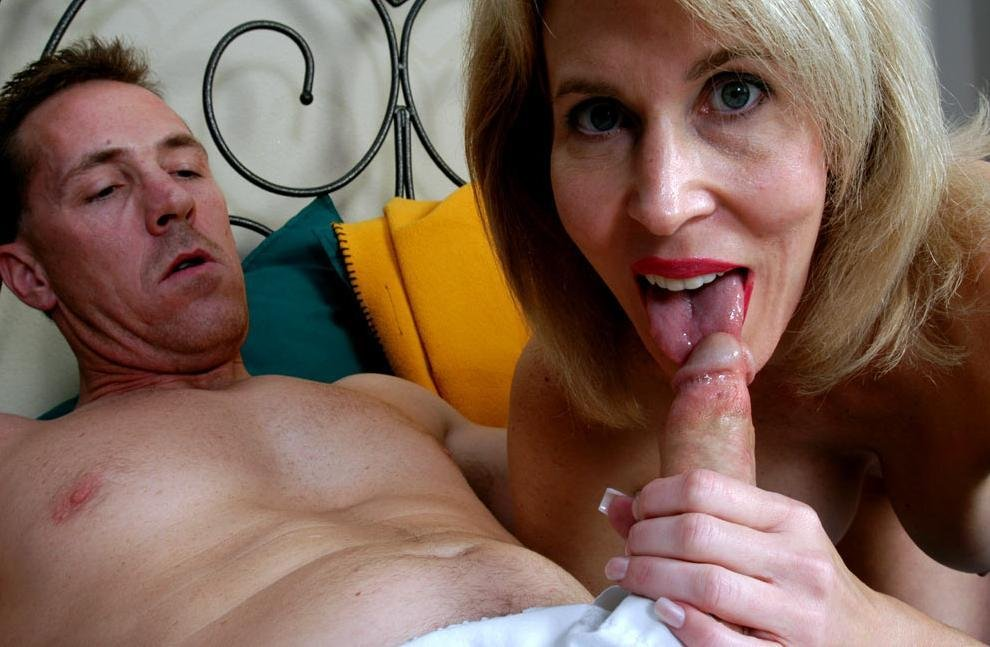 mature anal grup there