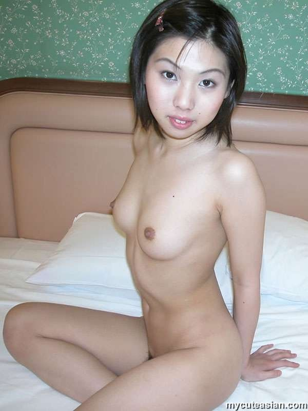 Housewife nancy nude website