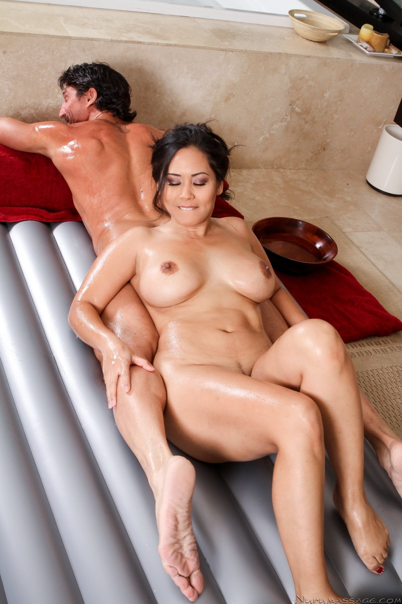 young skinny creampie
