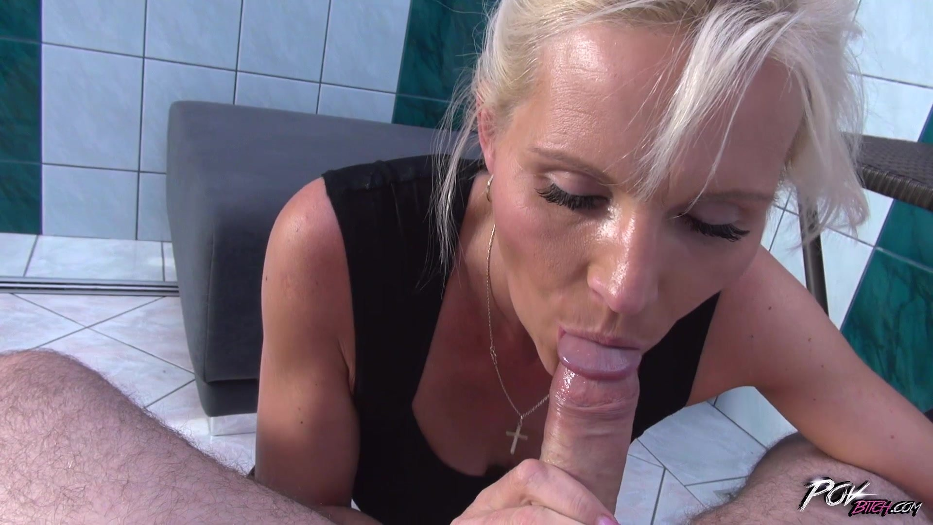 lesbian mature and young porn add photo