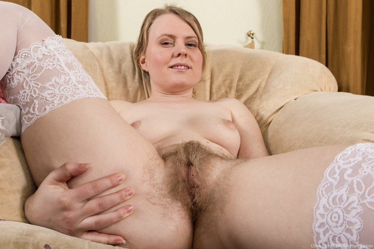 Homemade mature wife tries tays anal