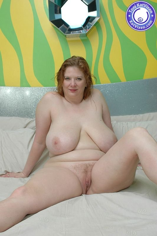real milf nude pics there