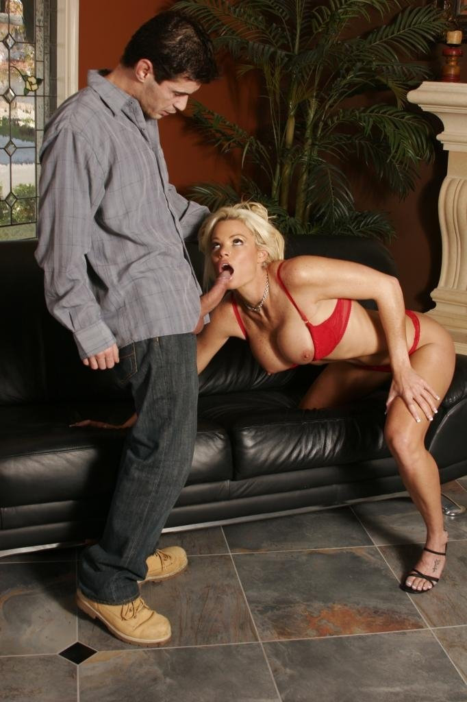 Blonde milf bondage Housewives and mature moms free pics videos