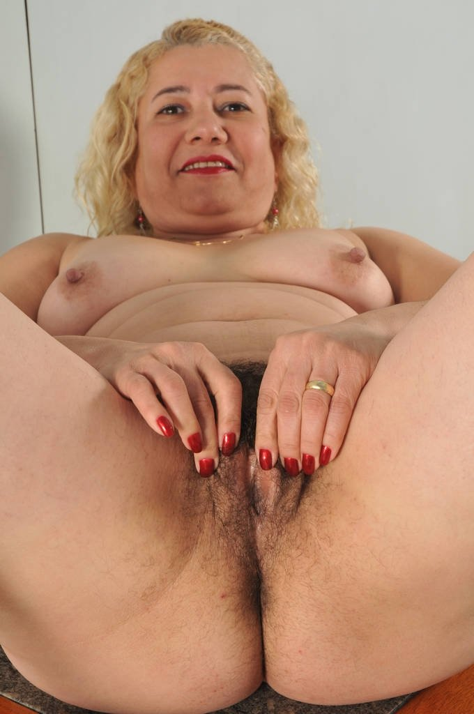 angell summers milfs like it black add photo