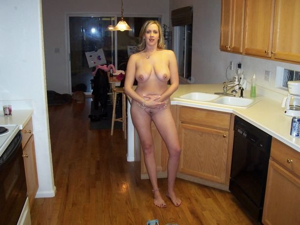 naked mature housewife pics add photo