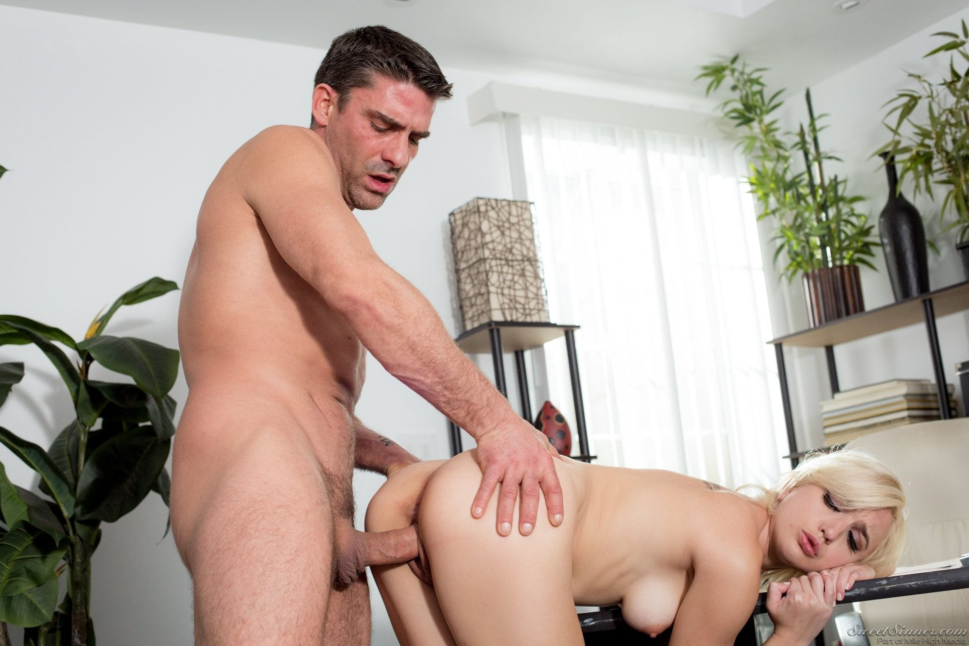Indain house wife fuck with husband