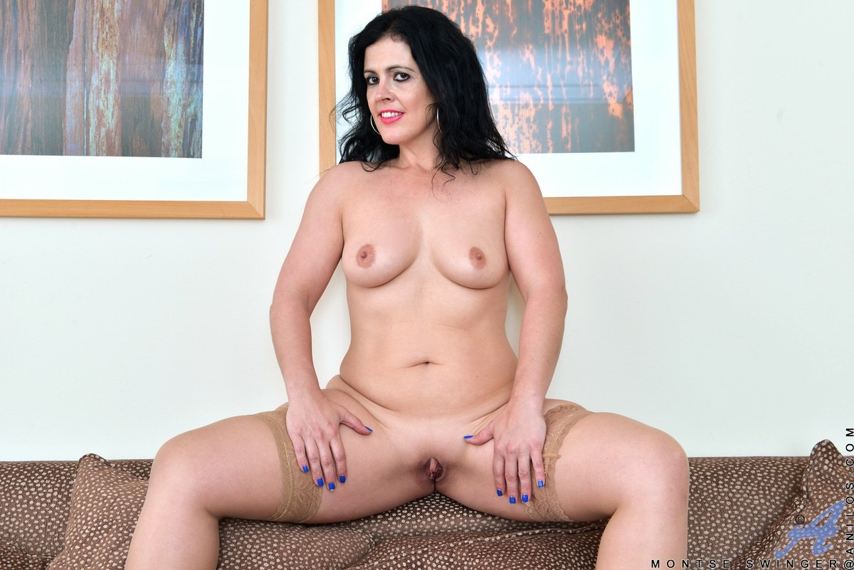 busty mature dildo there
