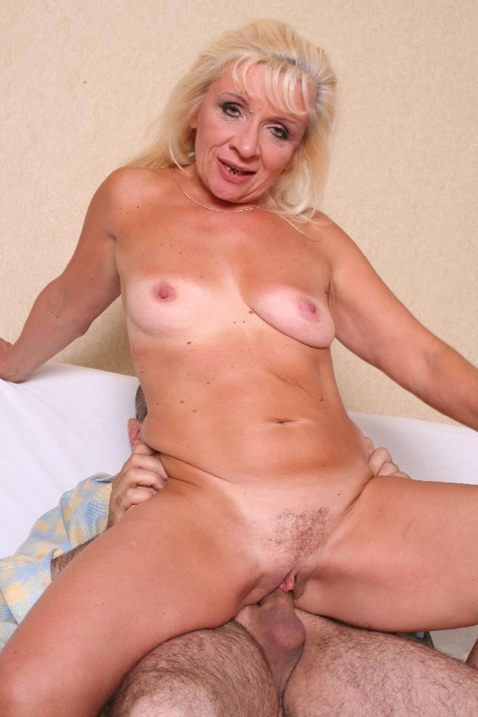 Hd wife for money anal very old granny cam