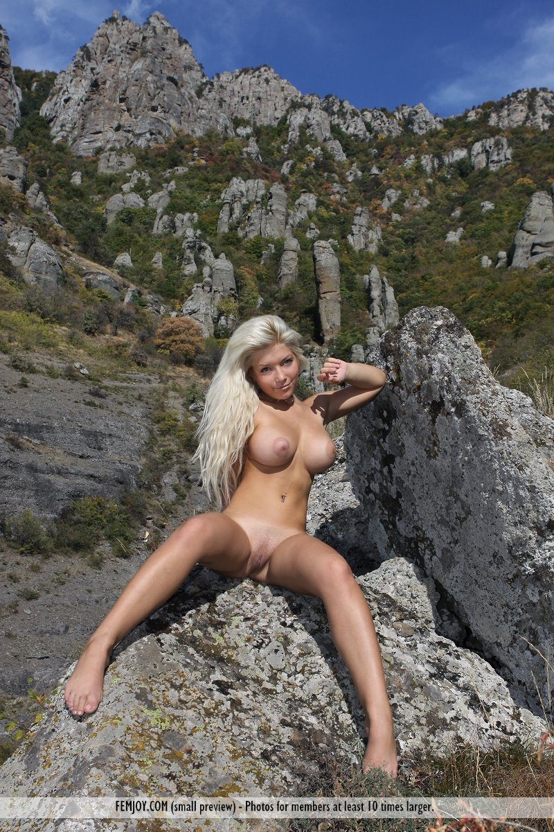 ice-lolly --- FULL video at camstripclubs.com add photo