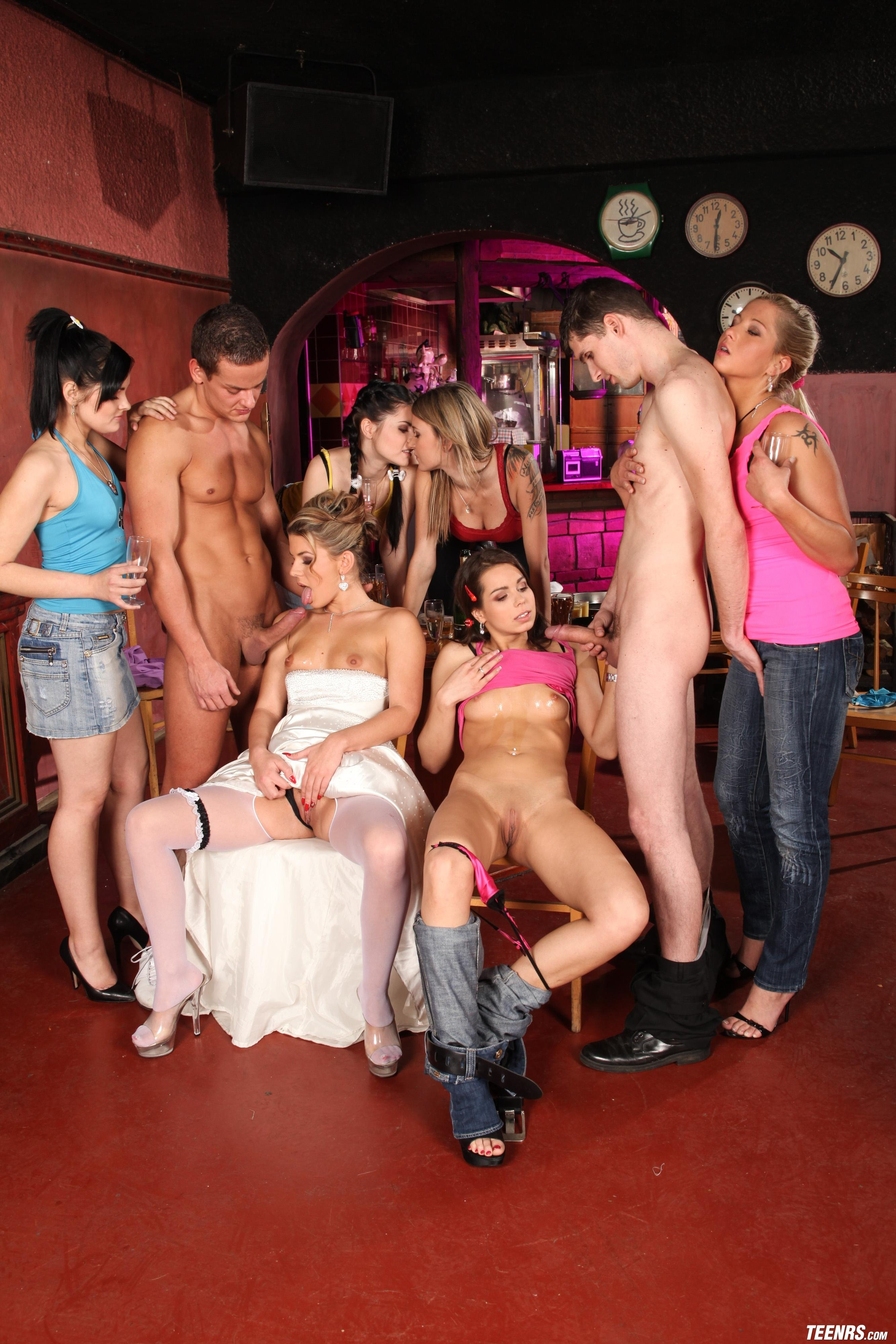 Bachelorette Sex Party With Strippers