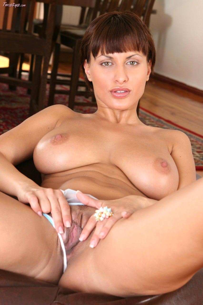 Free amateur nude home page