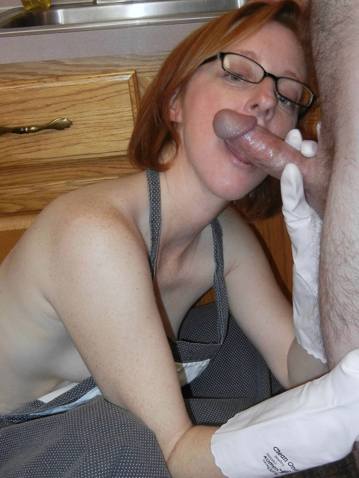 lesbian facesitting and squirting