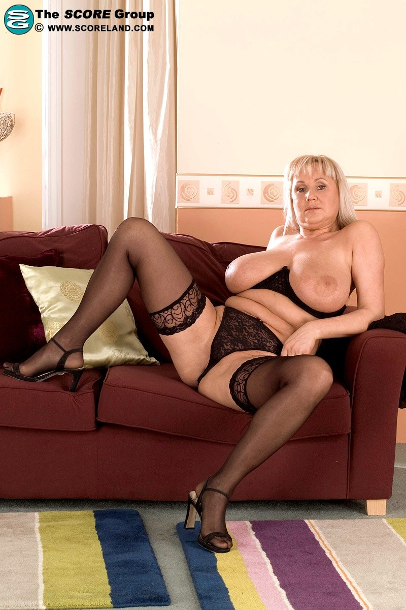Plump mature women nude #1