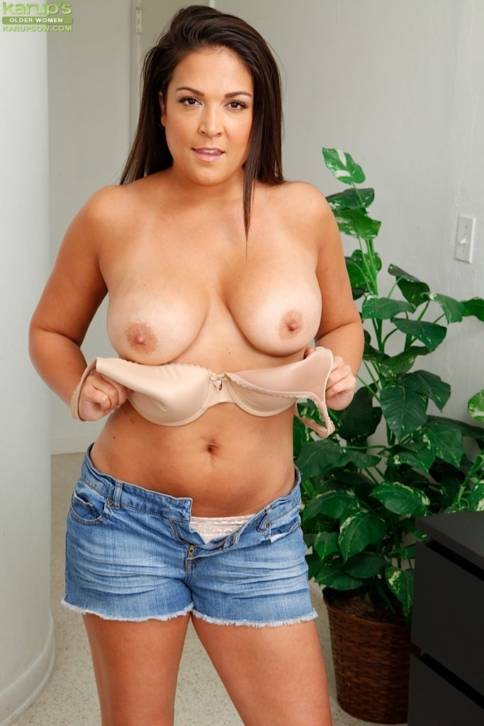 Kanris    reccomended sexy nude girls with big tits