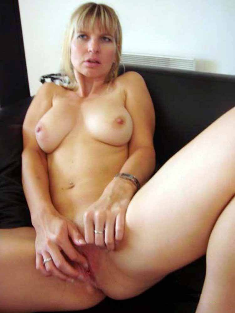 House wife first anal Elsagold chaturbate