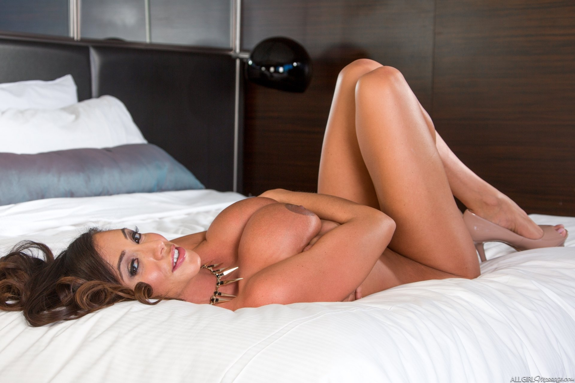 Toramar    reccomended Lesbians Need Black Cock Too 4