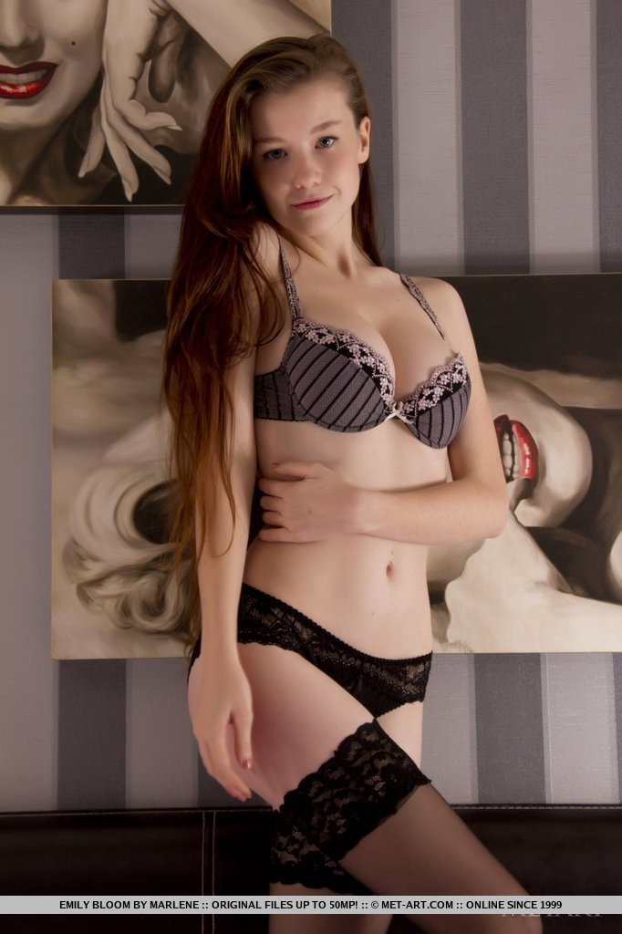 Fenrill    reccomend erotic naked milf