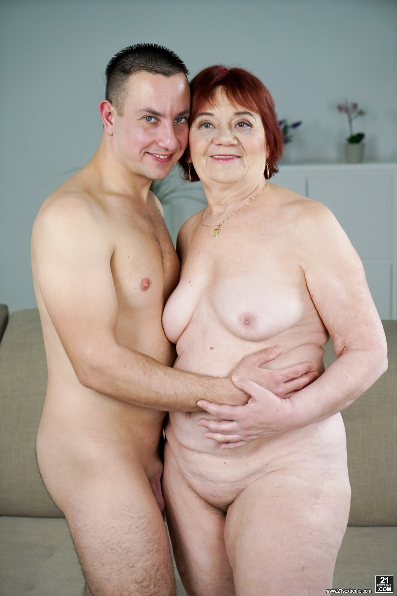 sexy old naked grannies