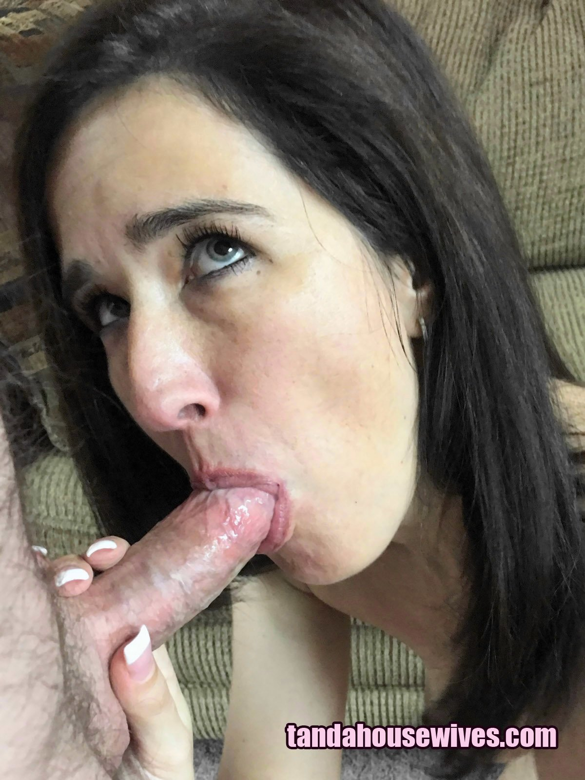 White girl gives the best head i ever had and swallowed it all